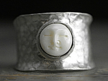 Sterling hammered Moon Face Ring