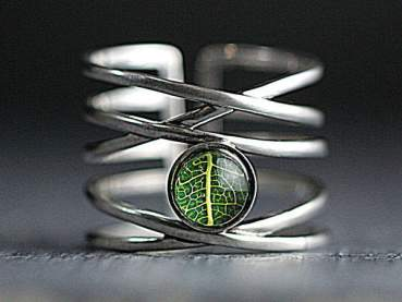 925 Sterling Silver ring with real leaf
