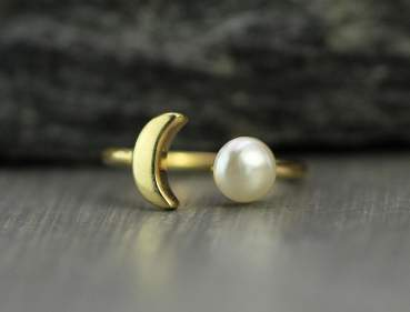 Dainty moon & pearl ring. Gold vermeil over sterling. Delicate ring, stacking ring, stackable ring, engagement ring, adjustable ring.