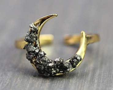 Crystal moon ring. Gold plated silver
