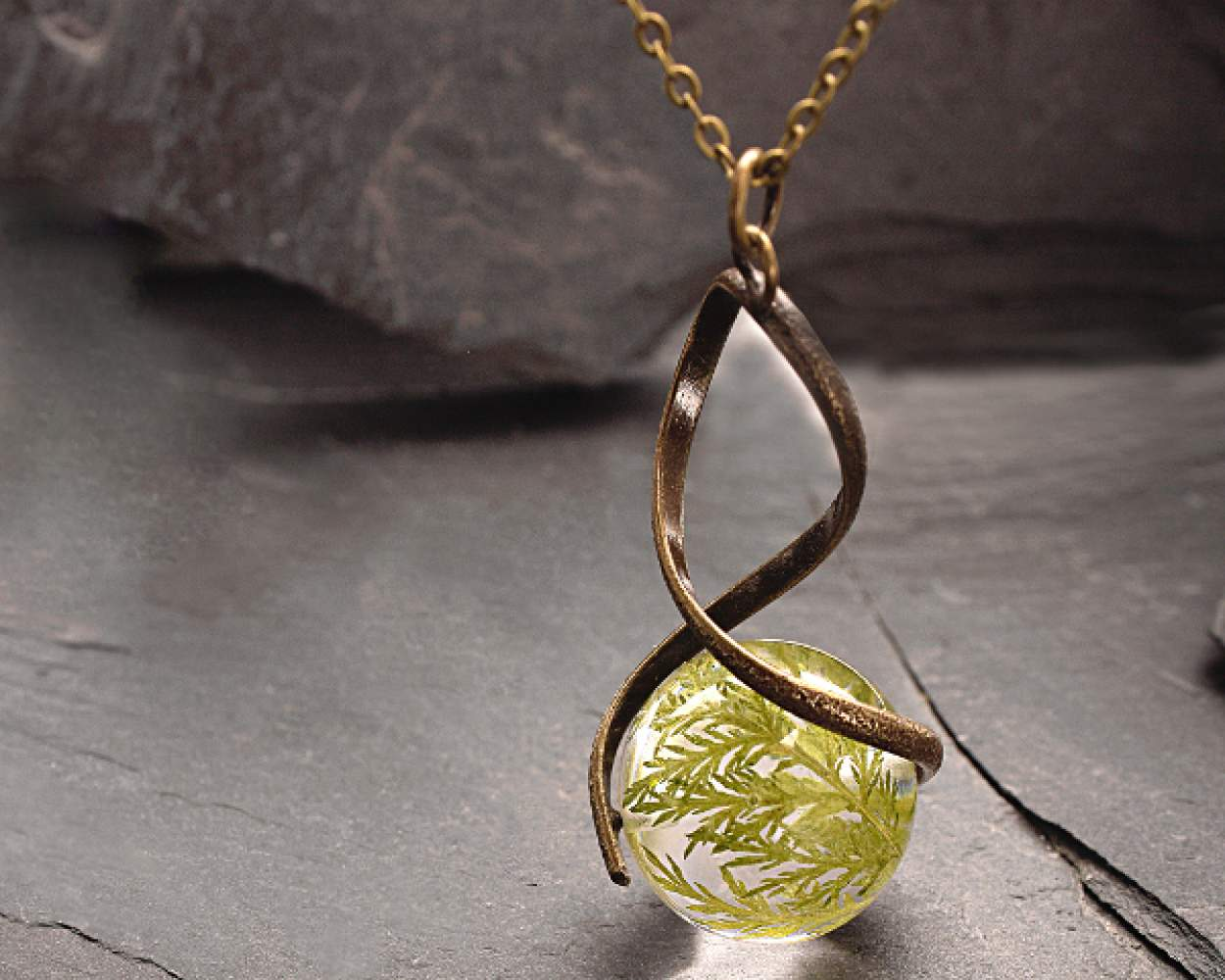 Real FERN twisted necklace