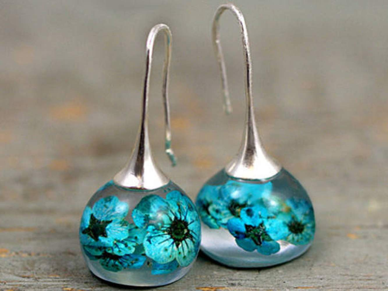 Real turquoise blossom resin earrings